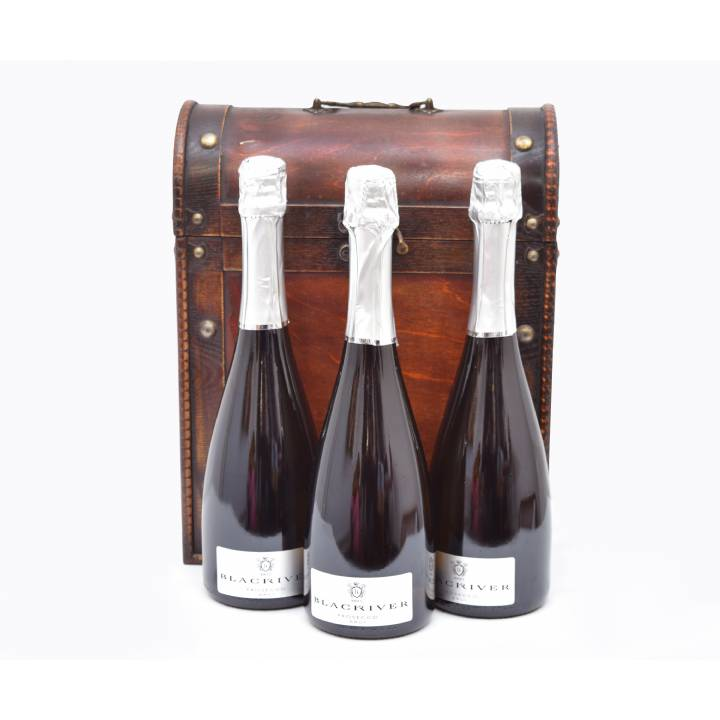 BLACK RIVER PROSECCO BRUT IN ANTIQUE CHEST